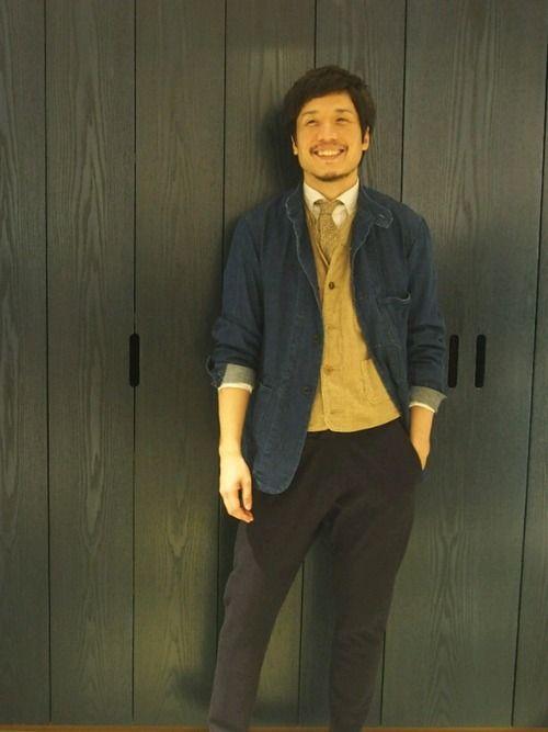 今年はとことんネクタイスタイル カバーオールにベストにネクタイ 自分としては、いつもし慣れな