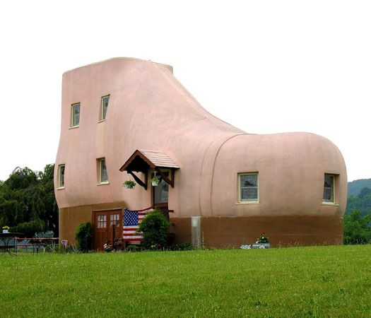 Shoe House, Pennsylvania, USA ... I live near this house & it's real.....