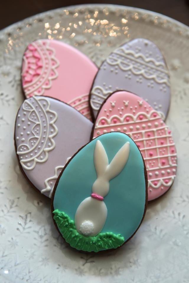 Ostereier kekse-plätzchen backen-dekoration ideen-Ostertisch