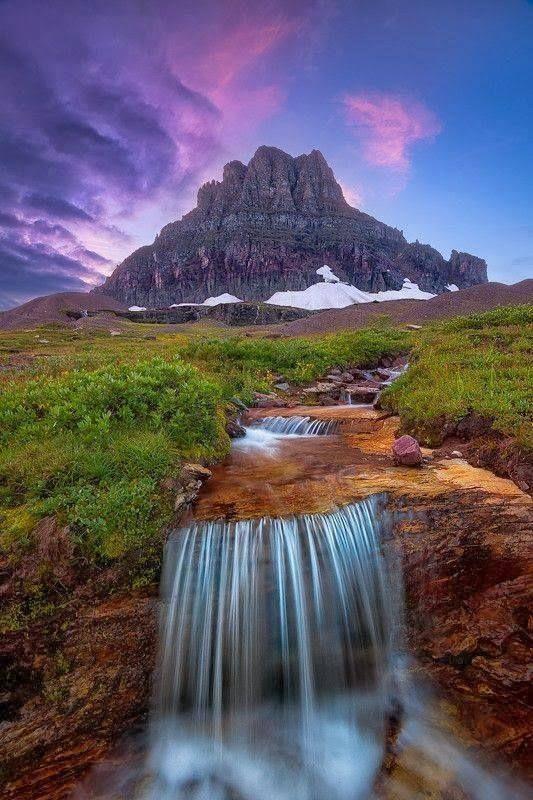 Parco Nazionale del Montana. Spettacolari sorgenti di colori.