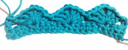 Crochet pola tusuk kerang (lacy shell / simple shell stitch)