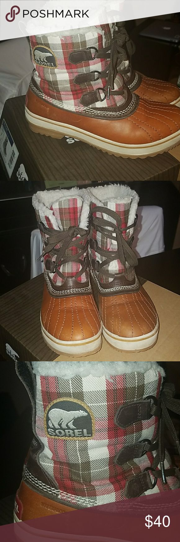Sorel Snow boots Brown with plaid print snow boots Sorel Shoes Winter & Rain Boots