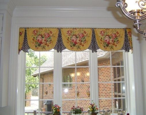 Scalloped Box Pleat Valance With Pleated Custom Window Treatments In 2018 Pinterest And Curtains