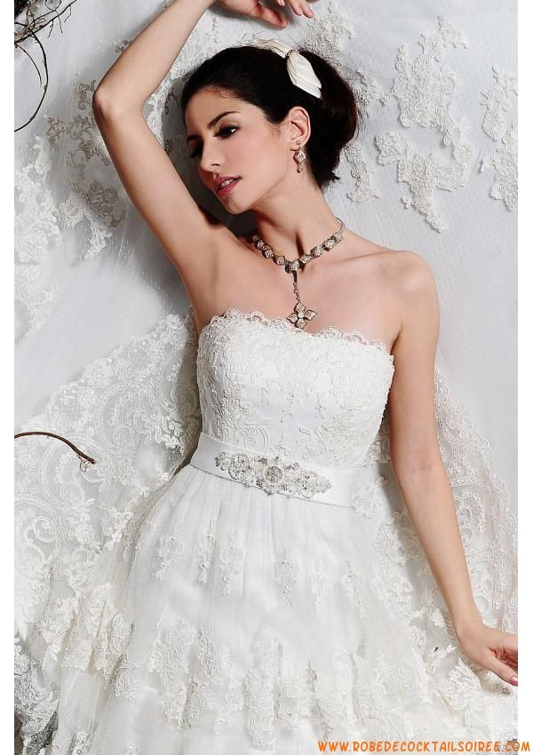 Belle robe moderne 2013 avec traîne cristaux robe de mariée dentelle