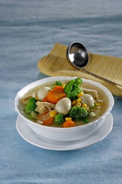 Mari santap sop brokoli kembang tahu.