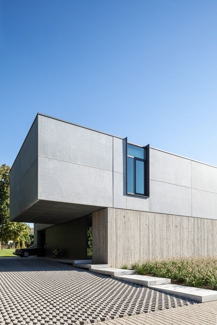 Tim Van de Velde Photography concrete american house