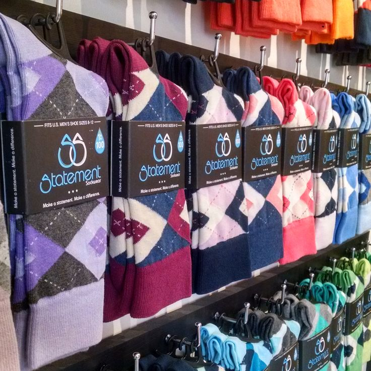 Our new argyle wedding and groomsmen socks are now available in all sorts of new colors like sangria, candy, flamingo, guava, cornflower and much more. Shop these and more.