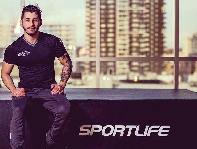 Reposting @mr.fodich: Si deseas lograr cambios en tu estilo de vida , tu cuerpo y tu mente,  te puedo ayudar, FOCALIZATE en el SI PUEDO !  Constancia, perseverancia, Focus, Ganas, esfuerzo , TODO ES POSIBLE! TU CABEZA ES MAS FUERTE QUE CUALQUIER MÚSCULO, MENTES DÉBILES NO QUEMAN CALORÍAS..💪 PERSONAL TRAINER , CONSULTA VALORES 💪💸📒 El momento es ahora !  B  💪✊ . #workout #fit #gym #running #fitspo #run #gymshark #Instagram #shape #getfit #personaltrainer #sportlife #tribe #reebok…