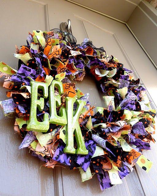 Halloween Wreath: Halloween Rag, Halloween Decor, Rag Wreaths, Fabrics Scrap, Front Doors, Fabrics Wreaths, Wreaths Ideas, Halloween Wreaths, By Halloween