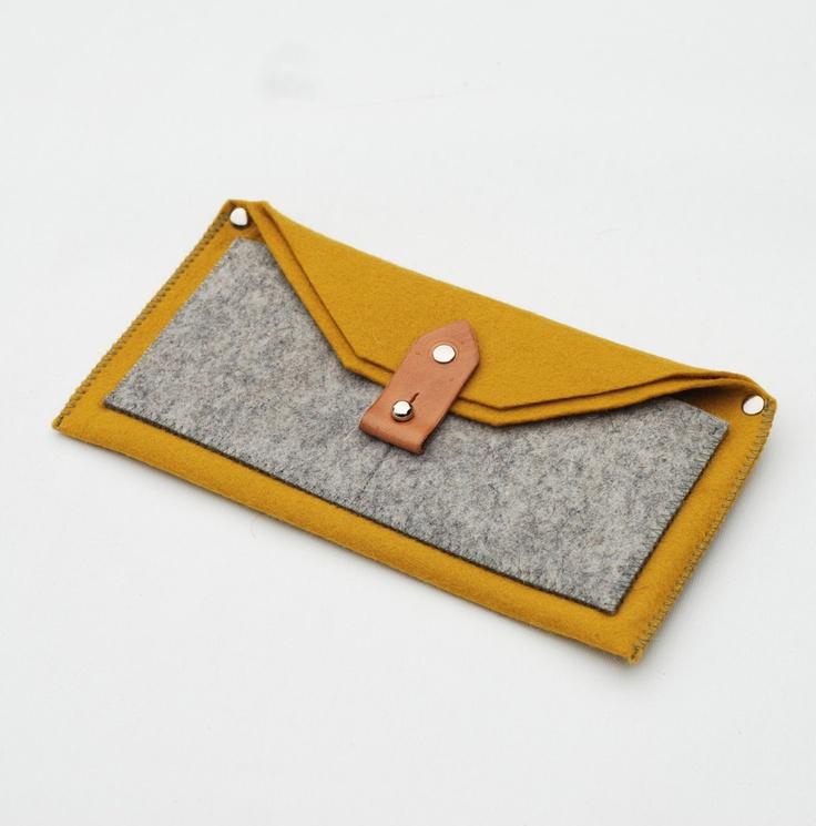 The Felt Wallet / Sketchbook