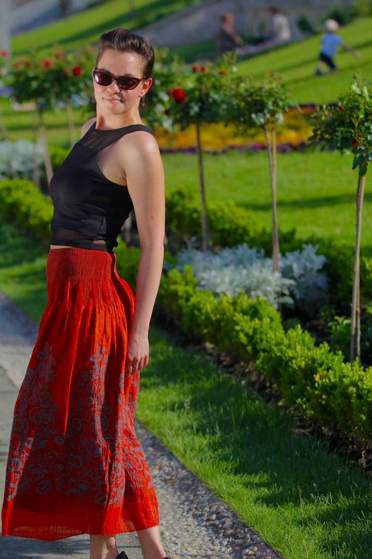 crop top, red maxi skirt, outfit