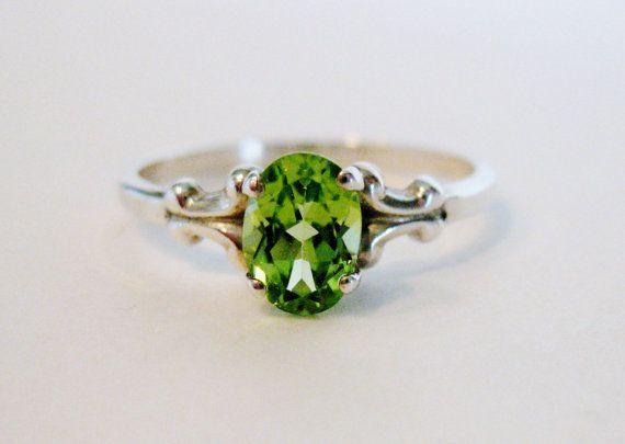 Pretty Vintage Sterling Peridot Ring, my birthstone, August