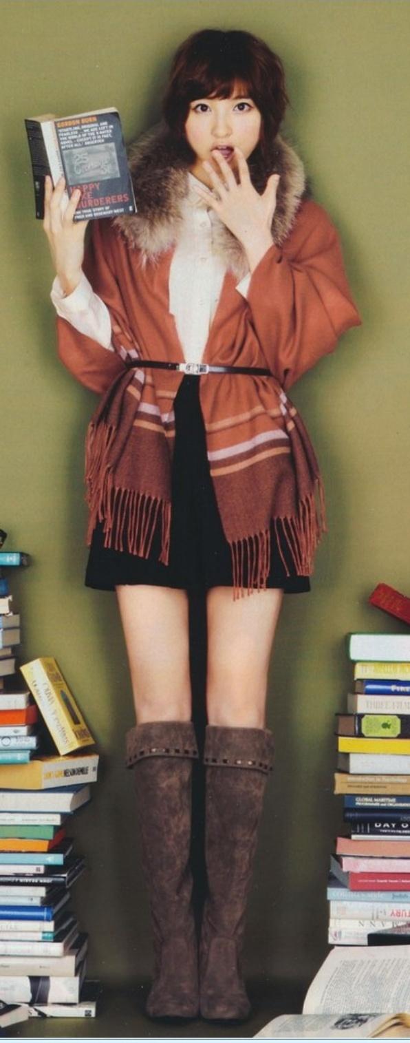 篠田麻里子    (via http://tomoharumii.tumblr.com/post/34298953050/shinoda-mariko-in-novembers-more-magazine )