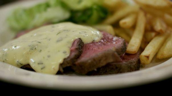Eén - Dagelijkse kost - biefstuk-friet met verse bearnaisesaus