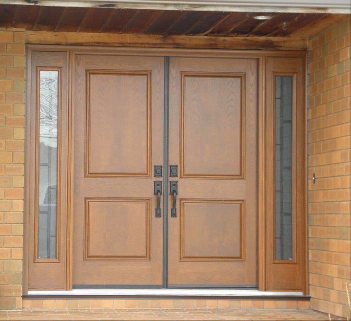 "32"" RHI Double Entry Door System  2 Panel Oak Grain Fiberglass Doors   w/ Anodized Bronze Astragal  c/w 2 - Fixed 12"" Sidelight Panels  w/ 764 Quattro Door Lites  Wood Grain Composite Jamb & Brick Molding"