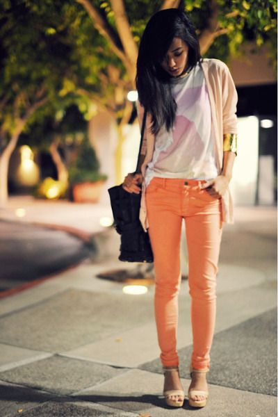 Lovin the peach jeans-need to get some though