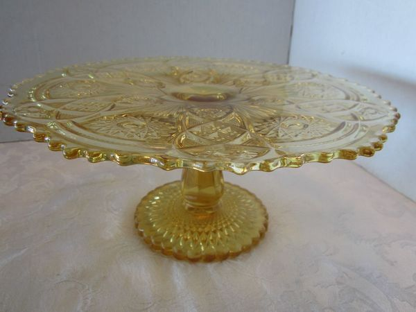 Imperial Glass Cake Stand Fashion Pattern Sunshine Yellow & 350 best Pedestal Cake Plates - Vintage images on Pinterest | Cake ...