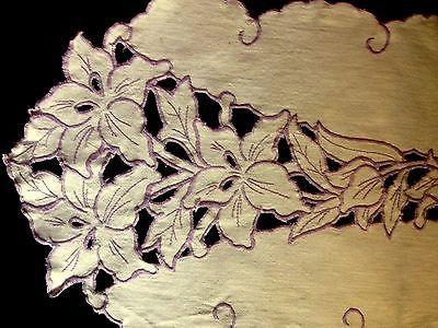 Викторианский ришелье Ирисы узор ручная вышивка небеленые лен бегун