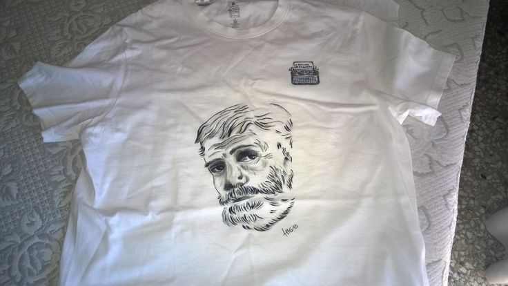Hemingway t-shirt. Color on cotton. I use only color for fabric. The shirt is 100% cotton