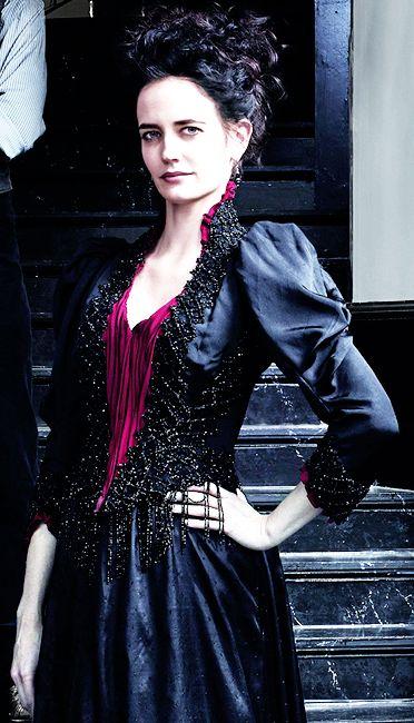 Penny Dreadful, Eva Green as Vanessa Ives.