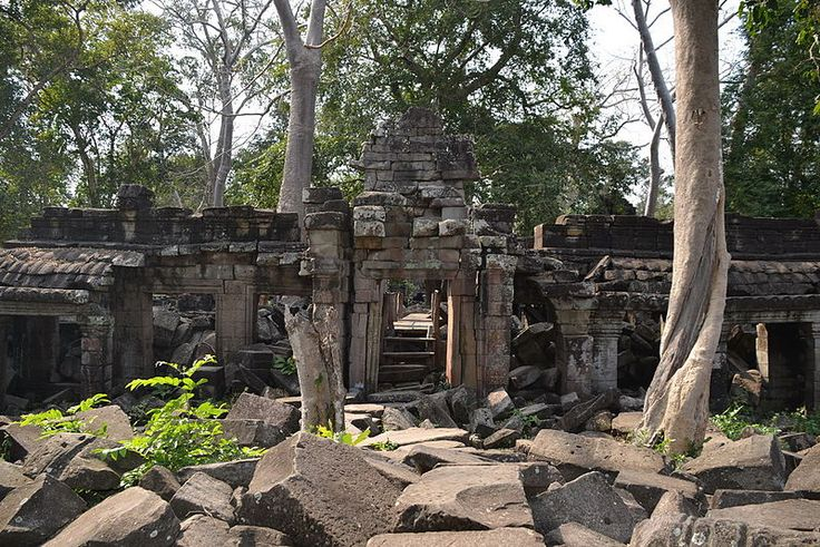 East entrance to Banteay Chhmar Temple