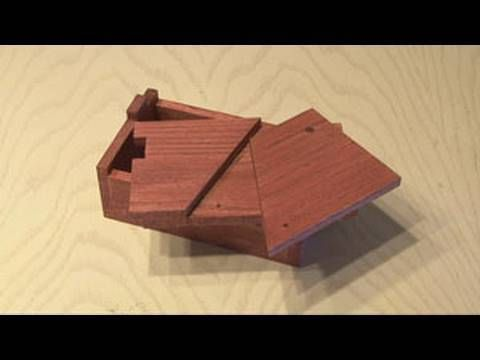 An easy beginner puzzle box, the unabox.  Thanks kipkay!