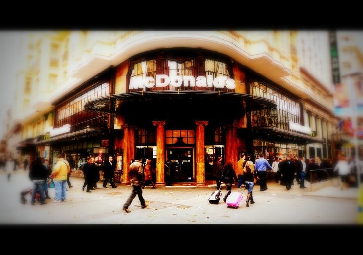 Madrid. Calle Montera.   McDonald's.