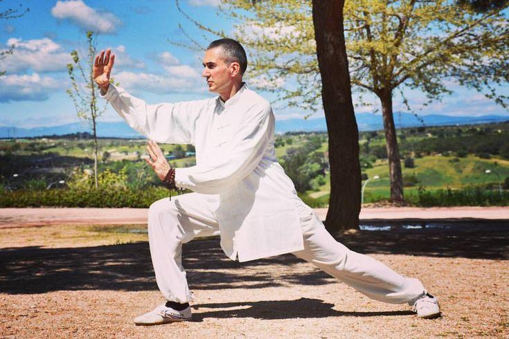 La voluntad es la que puede llevarte a culminar tus expectativas. #Shaolinkungfu #ShiMiaoZhi #kungfu #shaolin #martialarts #body #balance #motivation #likes #health #wushu #shaolinstyle #shaolintemple #sporty #taiji #qigong #voluntad #expectativas #instadaily #perfect #awesome #Shaolingongfu