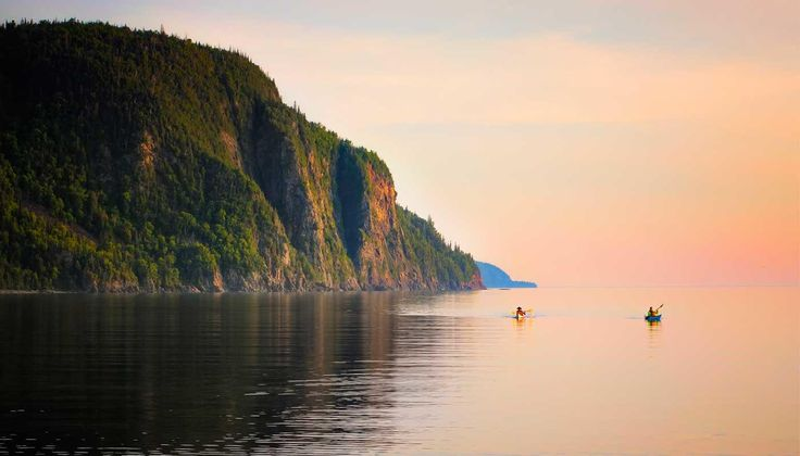 When driving along the coastline of Lake Superior between Sault Ste. Marie and Wawa, Old Woman Bay is a scenic must stop.