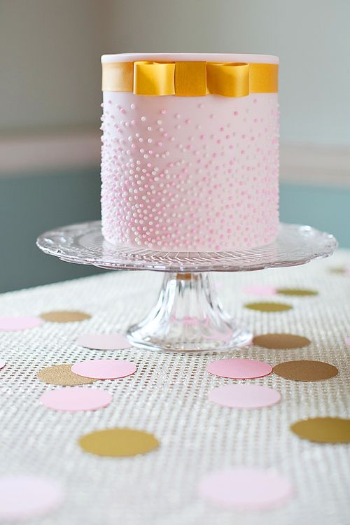 Small Wedding Cakes | Small Wedding Cakes in Pink