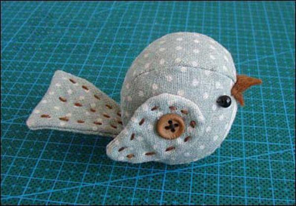 Free Stuffed Bird Sewing Pattern and Tutorial