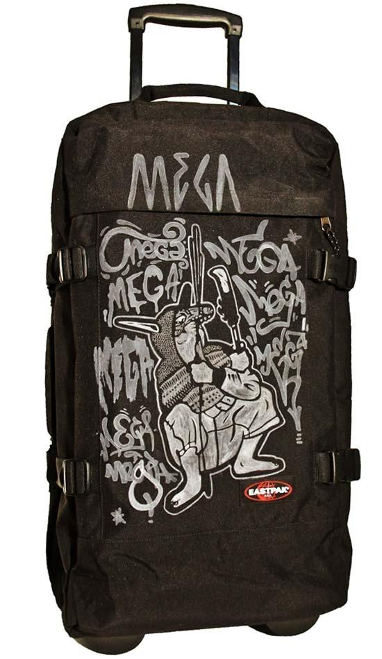 Tag My Bag Eastpak by Mega  More infos on http://www.ilovemega.com/blog/tag-my-bag-eastpak-mega/