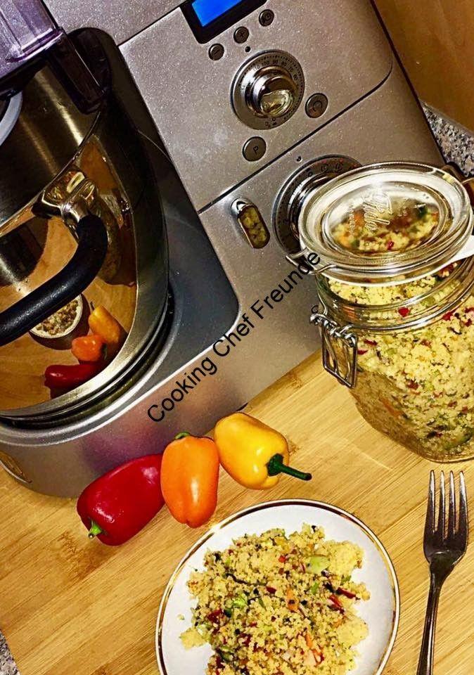 Fotos Gisela M. 1. Rezept von Rezeptewelt und von Gisela M auf CC umgewandelt Zutaten: 250 gr. Couscous 500 ml Gemüsebrühe (ich hatte selbstgemachten Suppengrundstock) Für den Würfler: 1 Salatgurke geschält 500 gr. Tomaten 200 gr. Feta 150 gr. Datteln entkernt (lt. Originalrezept, habe ich weggelassen) Zutaten können variert werden, Paprika, Karotten, Avocado, Erdbeeren… Einfach … Couscoussalat Couscous Salat – Variationen weiterlesen →
