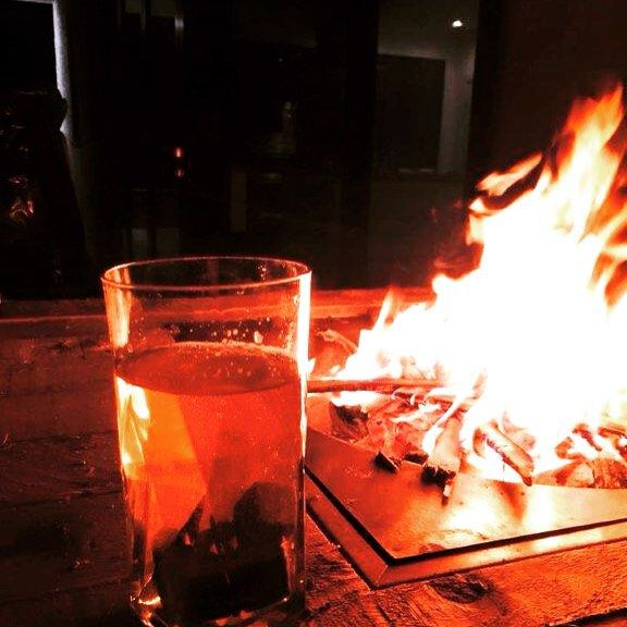 #FridayFeeling this #flaming Friday! Are you enjoying the #heatwave ? What weekend plans have you got up your sleeve ?  #drink #drinks #slurp #pub #bar #liquor #yum #yummy #thirst #thirsty #instagood #cocktail #cocktails #drinkup #glass #can #photooftheday #beer #beers #whisky