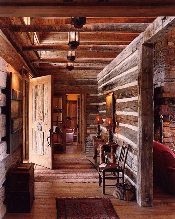 17 best ideas about rustic cabins on pinterest mountain - Interior pictures of small log cabins ...