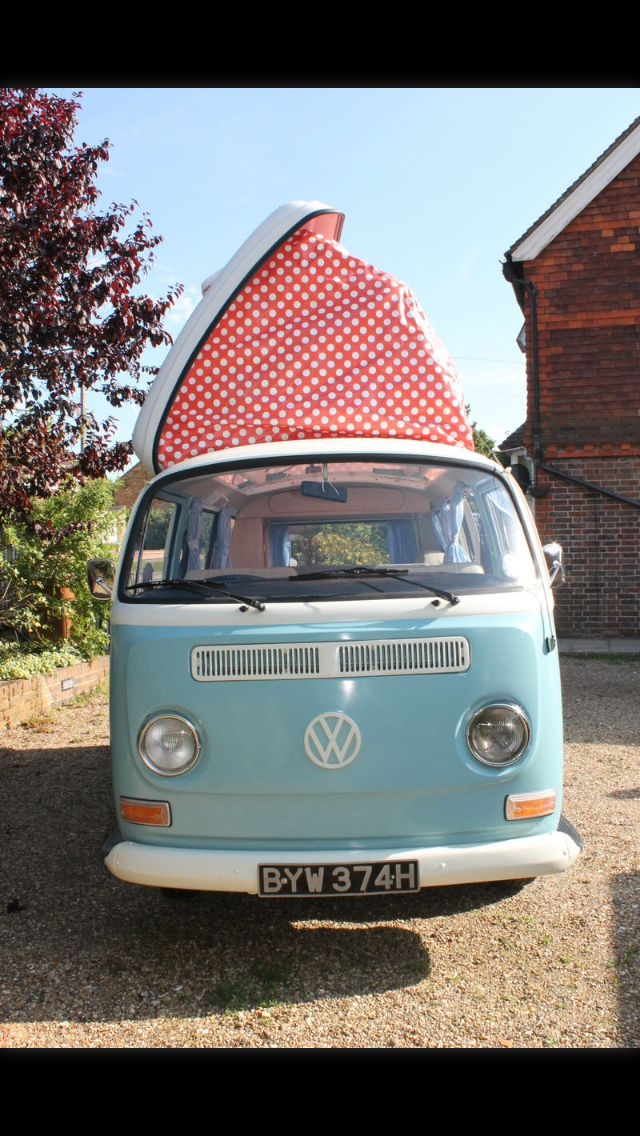 VW campervan, love!