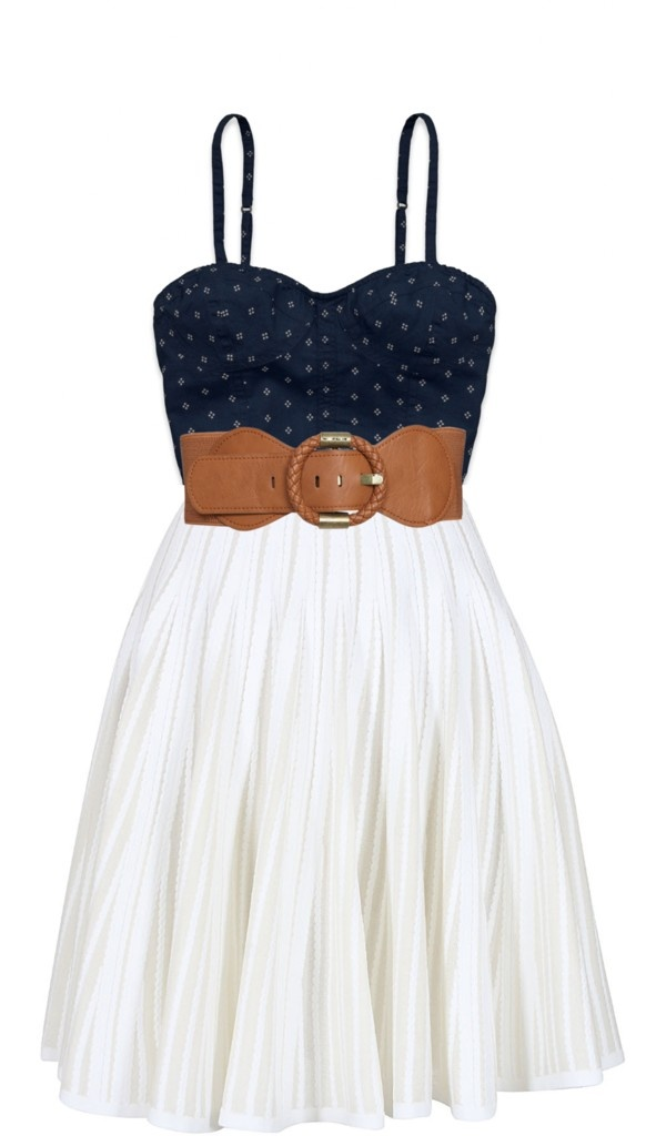 Gorgeous Country-Style Summer Dress!! This would look cute with some bangle bracelets, a watch, and a longer pendent!!