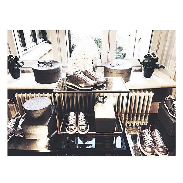 • Breakfast event at @mildhpressstockholm • #chic #fashion #mildhpress #sneakers #getstyled