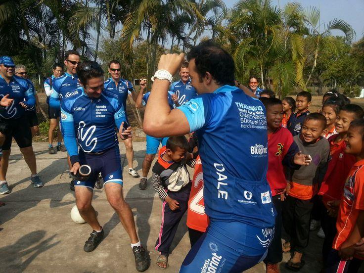 My co-bikers dancing with Thai kids during break time #BGH #BGHdzung #Thaicharitybikeride http://beyondgoodhealthclinics.com.au/