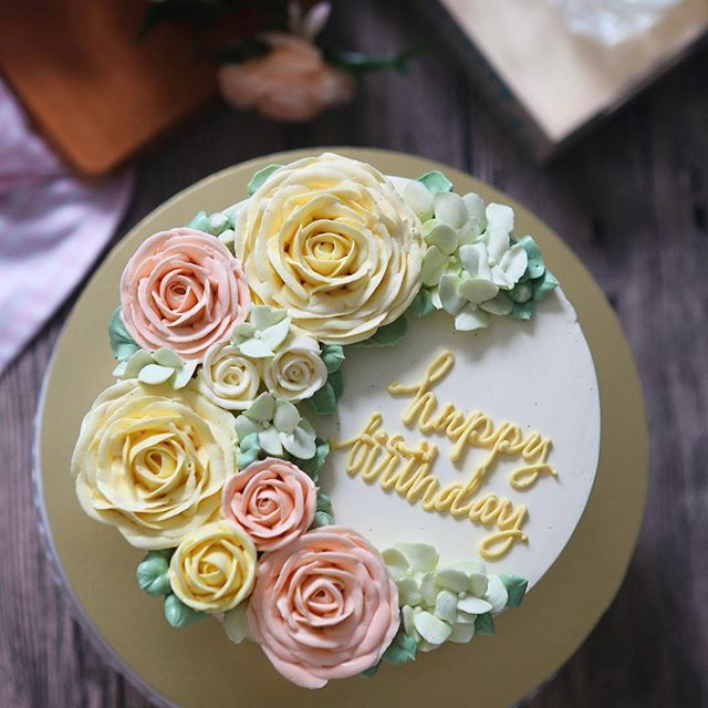 Flowers are a must... Cake must be chocolate