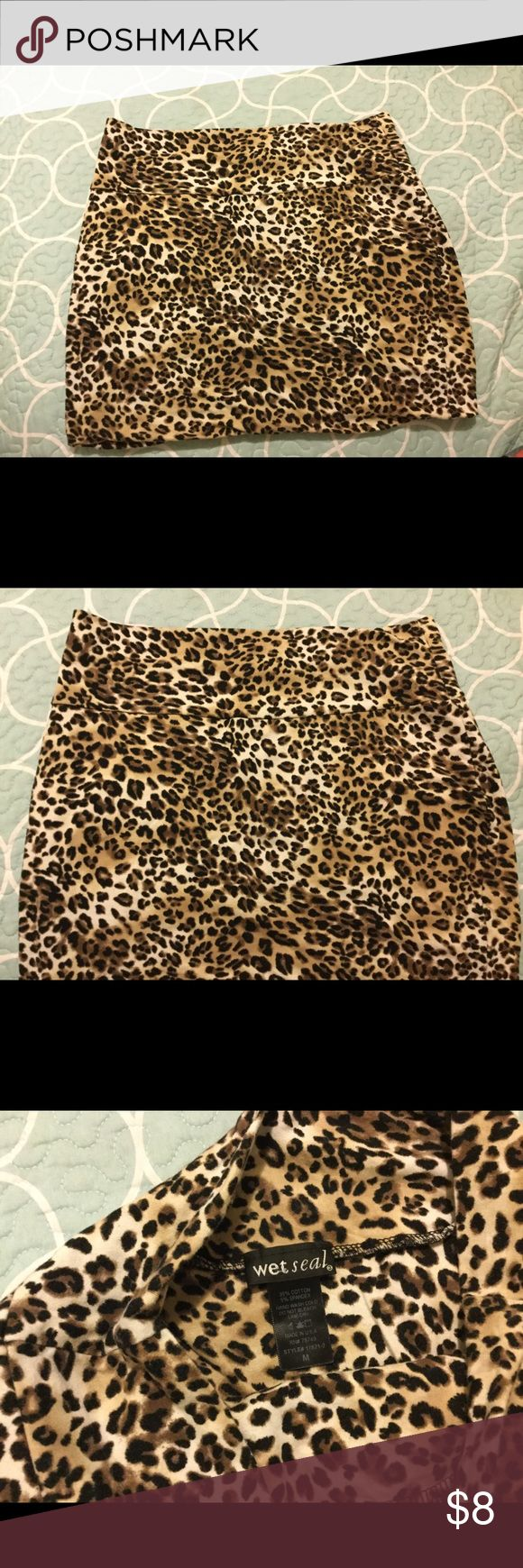 💝Cute cheetah skirt! Only tried on! Cheetah isn't really my style! But cute! 😊 Wet Seal Skirts Mini