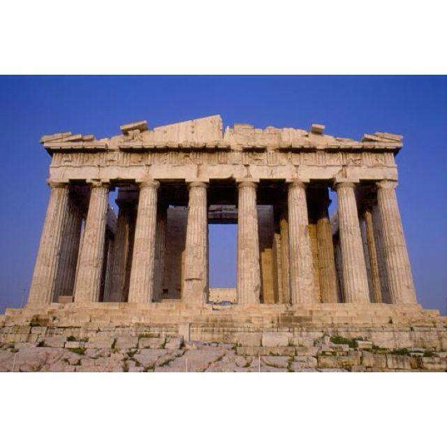Partenone è un tempio greco, octastilo, periptero di ordine dorico che sorge sull'acropoli di Atene. V secolo a.C.