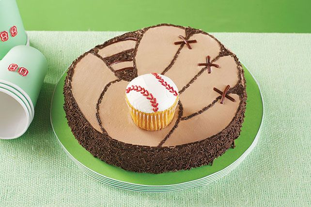 Batter up—cake batter, that is! And since this baseball mitt cake is frosted with a mix of chocolate pudding and COOL WHIP, it's as yummy as it is cute.