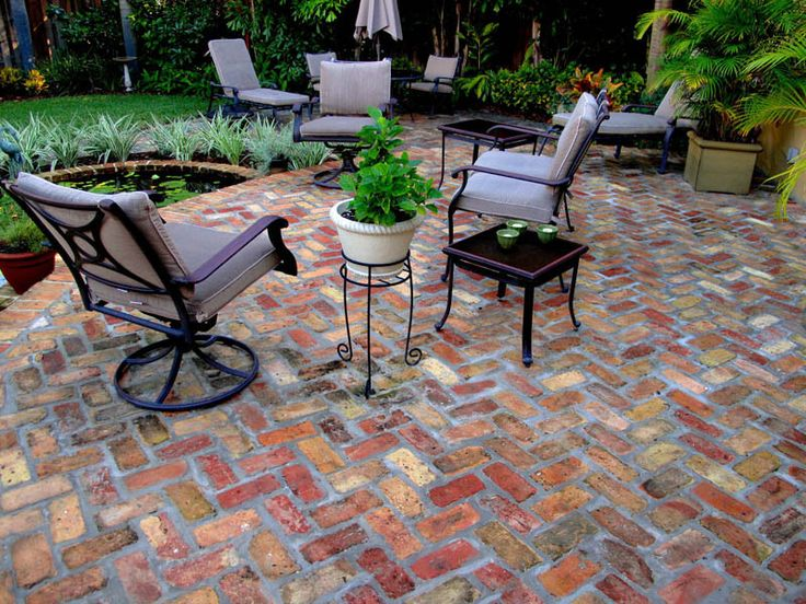 Antique building brick patios pathways antique brick - Fresh blue deck furniture design ideas for relaxing outdoor rooms ...