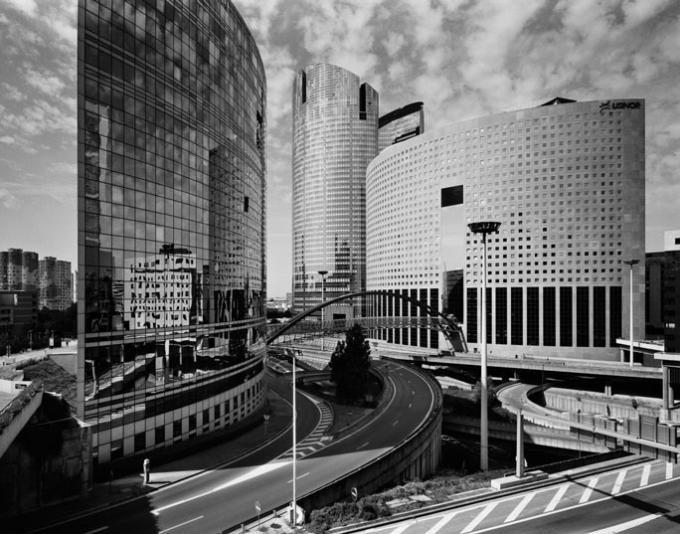 Gabriele Basilico, París 1997, Pigmento a presión, 100 x 130 cm © Gabriele Basilico / Studio Gabriele Basilico, Milán.