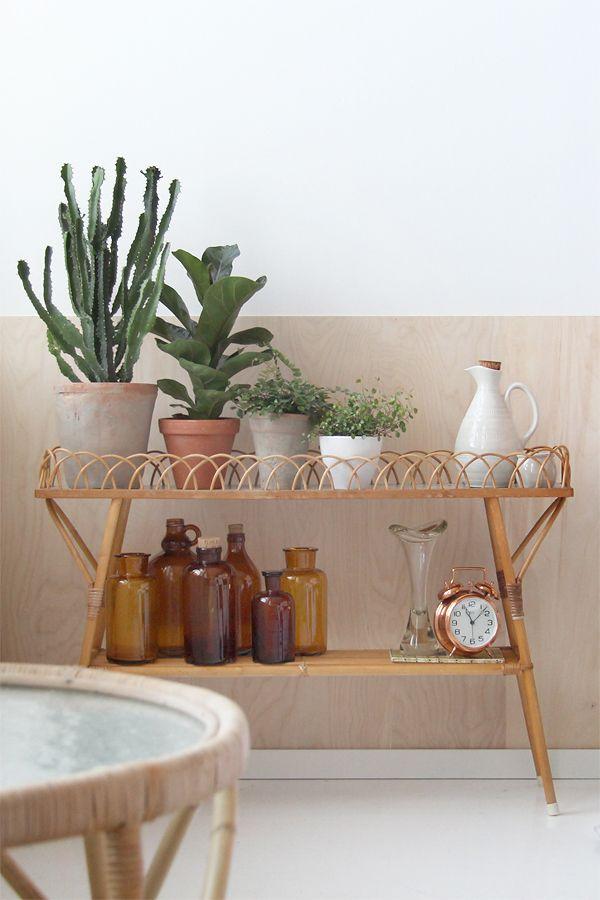 Vintage plantstand, brown bottles   Bambula: Koti-ikävä