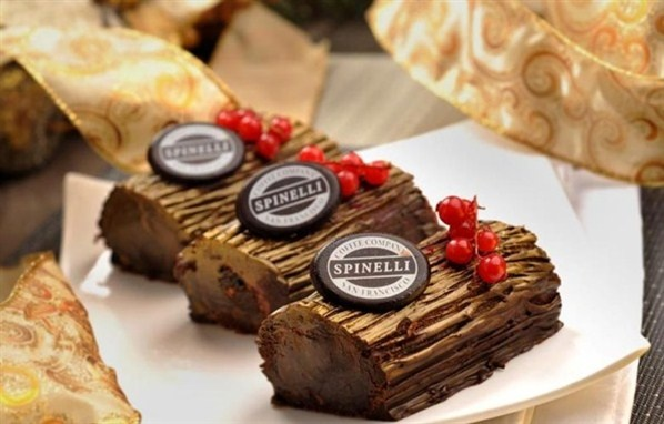 Chocolate Oreo Mini Log (Spinelli Coffee Company)