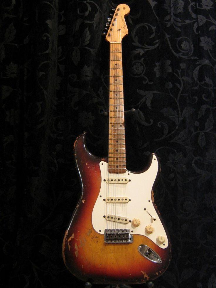 Original 1958 Fender Stratocaster vintage guitar | eBay U.S $36,500....Holy Grail...look at the neck wear