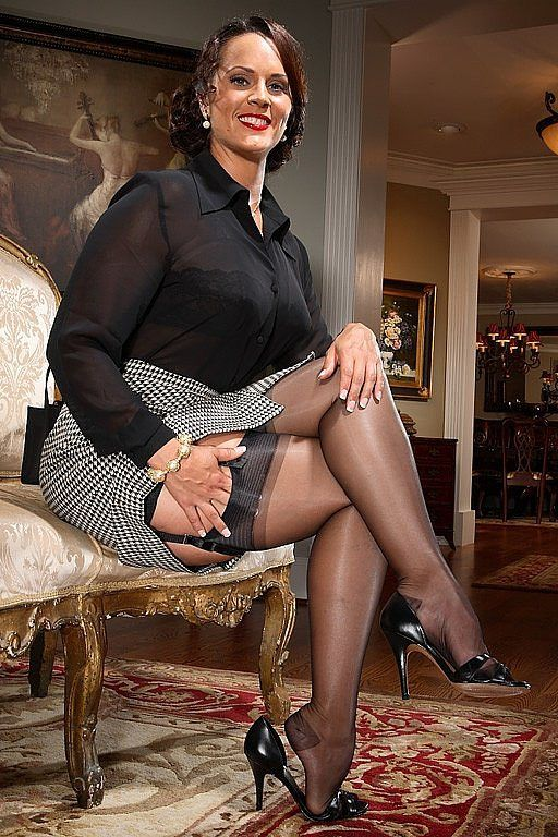 Mature ladies in stocking