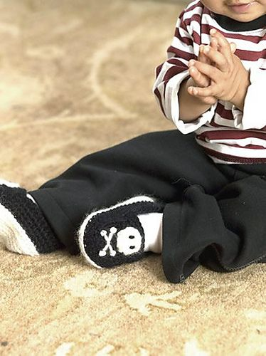Ravelry: Pirate Feet free baby booties pattern by Nancy Anderson: Free Pattern, Pirate Booties, Crochet Baby, Pirate Slippers, Skull Bootie, Crochet Patterns, Pirate Shoe, Pirate Feet